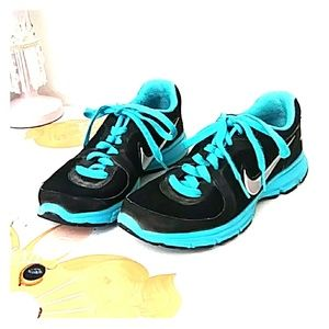 NIKE AIR RELENTLESS SHOES SIZE 6